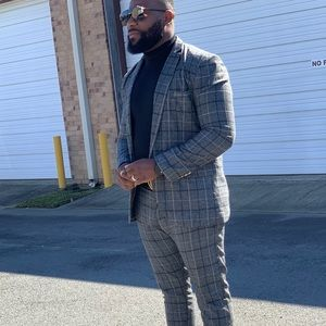 Men's grey and black suit